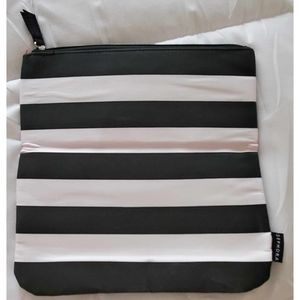 Sephora Folded Make Up Clutch Limited Edition Rouge Beauty Finds